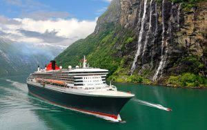 cunard-line-queen-mary-2-exterior-02-gallery